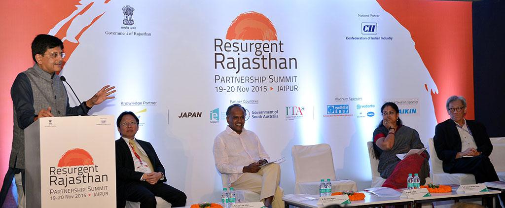 केन्द्रीय ऊर्जा मंत्री ने की जयपुर को चमकाने में सहयोग की घोषणा