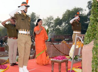 Vasundhara Raje paid tributes to the martyrs