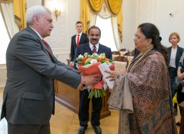 chief minister meets governor