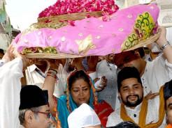vasundhara raje visit ajmer dargah