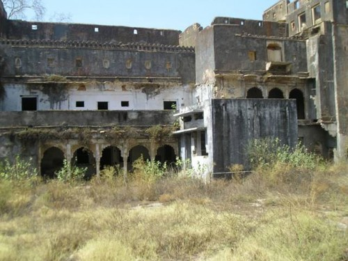 garh palace before picture2