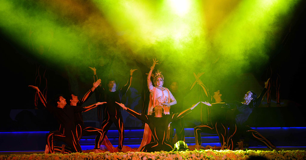 cm gram cultural event hema malini 10 10112016