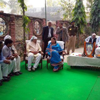 मुख्यमंत्री ने खाद्य एवं नागरिक आपूर्ति मंत्री के पिता को श्रद्धांजलि दी