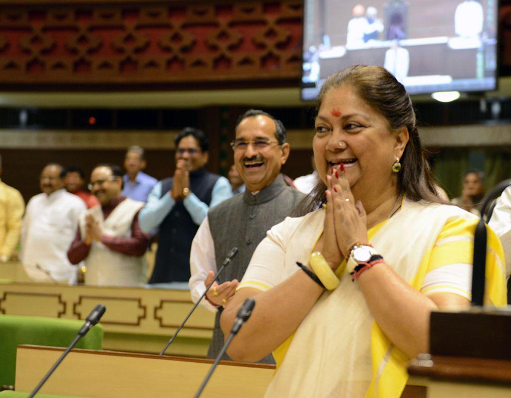 प्रधानमंत्री सहित अनेक वरिष्ठ नेताओं ने मुख्यमंत्री को दी जन्मदिन की बधाई