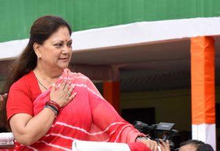 राज्य स्तरीय स्वतंत्रता दिवस समारोह में मुख्यमंत्री ने किया ध्वजारोहण