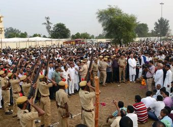 cm bharatpur dr digambar singh demise funeral rites CMP_1768
