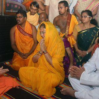 मुख्यमंत्री ने उडुपी में मंदिर दर्शन एवं पूजा की