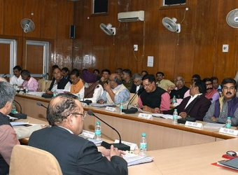 cm-review-meeting-public-dialogues-in-alwar-CLP_7659