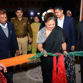 मुख्यमंत्री ने विरासत संग्रहालय का उद्घाटन किया