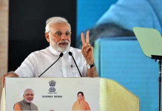 narendra-modi-and-vasundhara-raje-jaipur-beneficiaries-meeting-CMP_7825