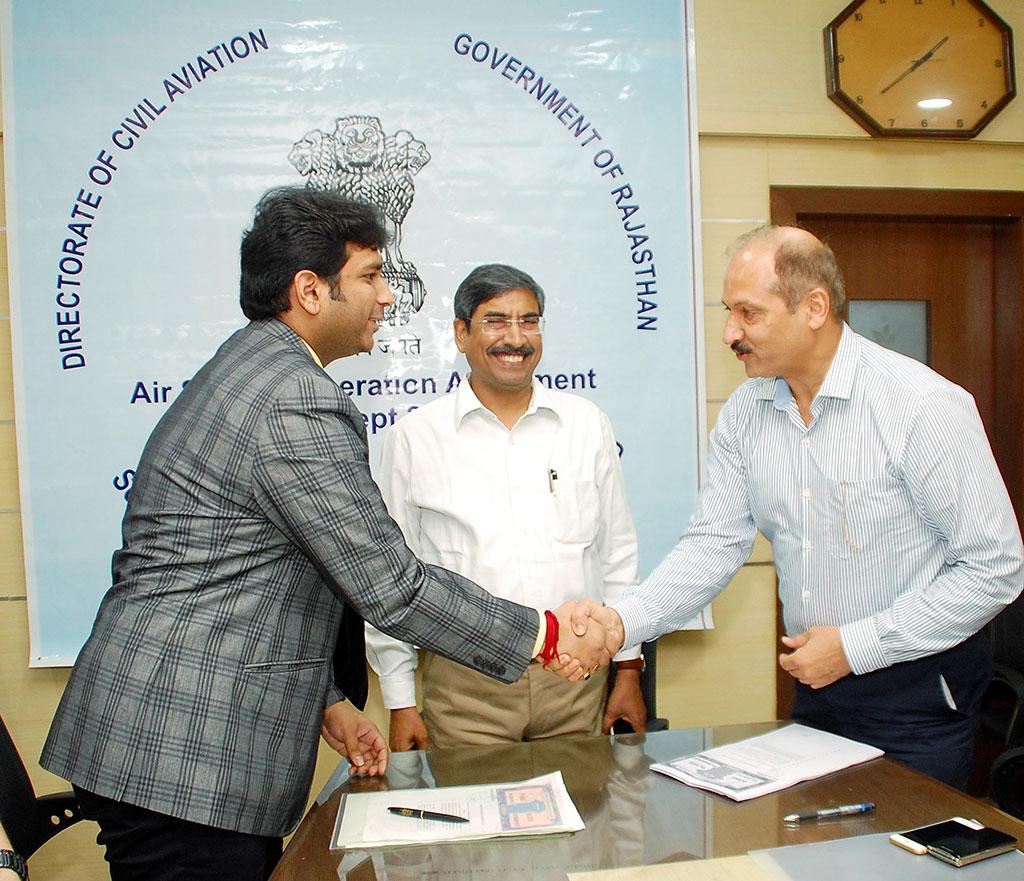 cm-vasundhara-raje-Agreement With Supreme Air Lines