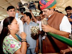 chief-minister-at-gram-rajasthanCMP_0732