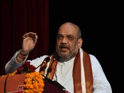 vasundhara-raje-meeting-amit-shah-enlightenment-conference-CLP_8387
