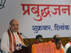 vasundhara-raje-meeting-amit-shah-enlightenment-conference-CMA_6970