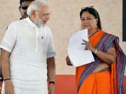 narendra-modi-and-vasundhara-raje-jaipur-beneficiaries-meeting-CMP_7770